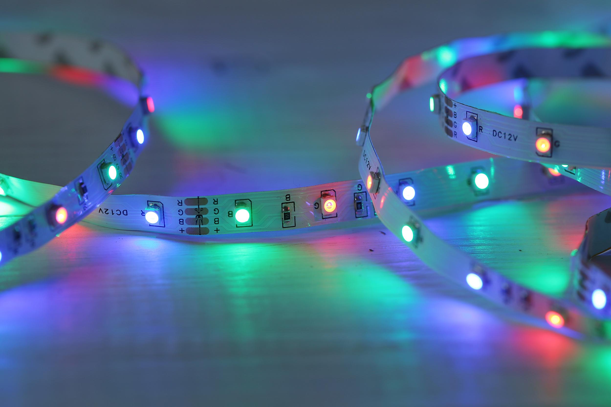 LED Traka RGB 12 V